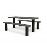 Table avec bancs séparés