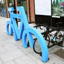 Support à vélo à silhouette de vélo géant